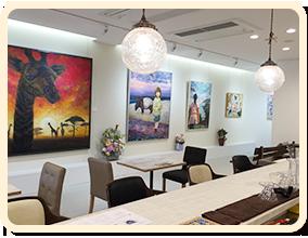 「不言亭」という名は、その昔私たちのご先祖様が開いていたお茶室の名前です。
